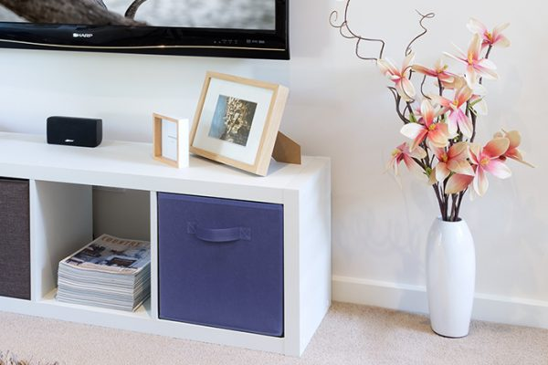 Flexi Storage Clever Cube Fabric Insert Navy Blue fitted inside Clever Cube 1x4 Unit White in living room