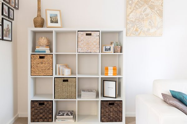 Flexi Storage Clever Cube Natural Insert Sea Grass fitted inside Clever Cube 4x4 Unit White in lounge room
